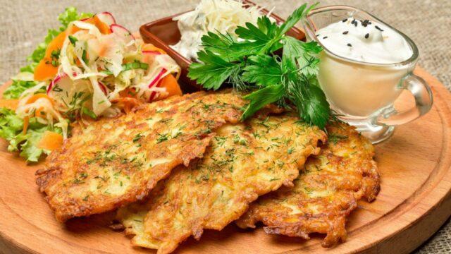 Картофельные драники или деруны классические (по-белорусски)