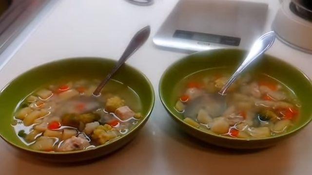 легкий овощной суп с курицей