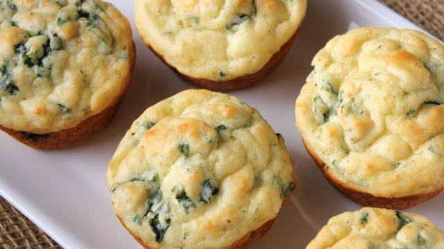 Кексы из плавленных сырков с зеленью - удивительно мягкие и вкусные!