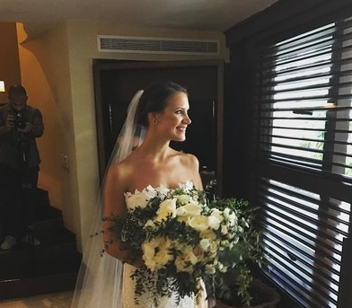 Кира Пластинина и ее американский возлюбленный сыграли свадьбу в Мексике
