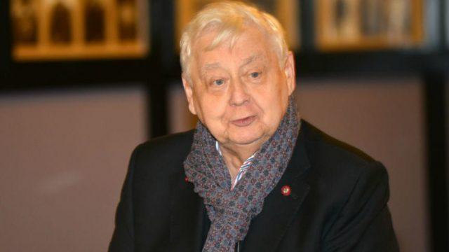 Бывший помощник Олега Табакова опроверг подлинность его завещания